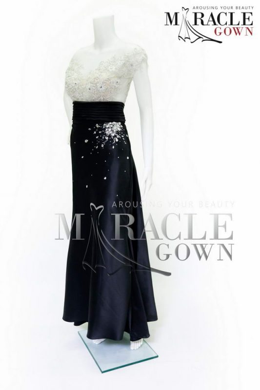 Sewa Gaun Surabaya - Miracle Gown - Black Kaleidoscope Long Gown