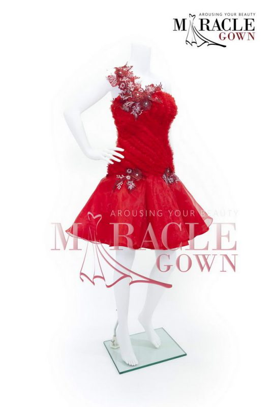 Sewa Gaun Surabaya - Miracle Gown - Daffodil threads in crimson dress