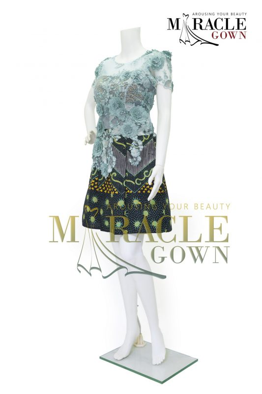 Sewa Gaun Surabaya - Miracle Gown - Mint brocade on pleated batik