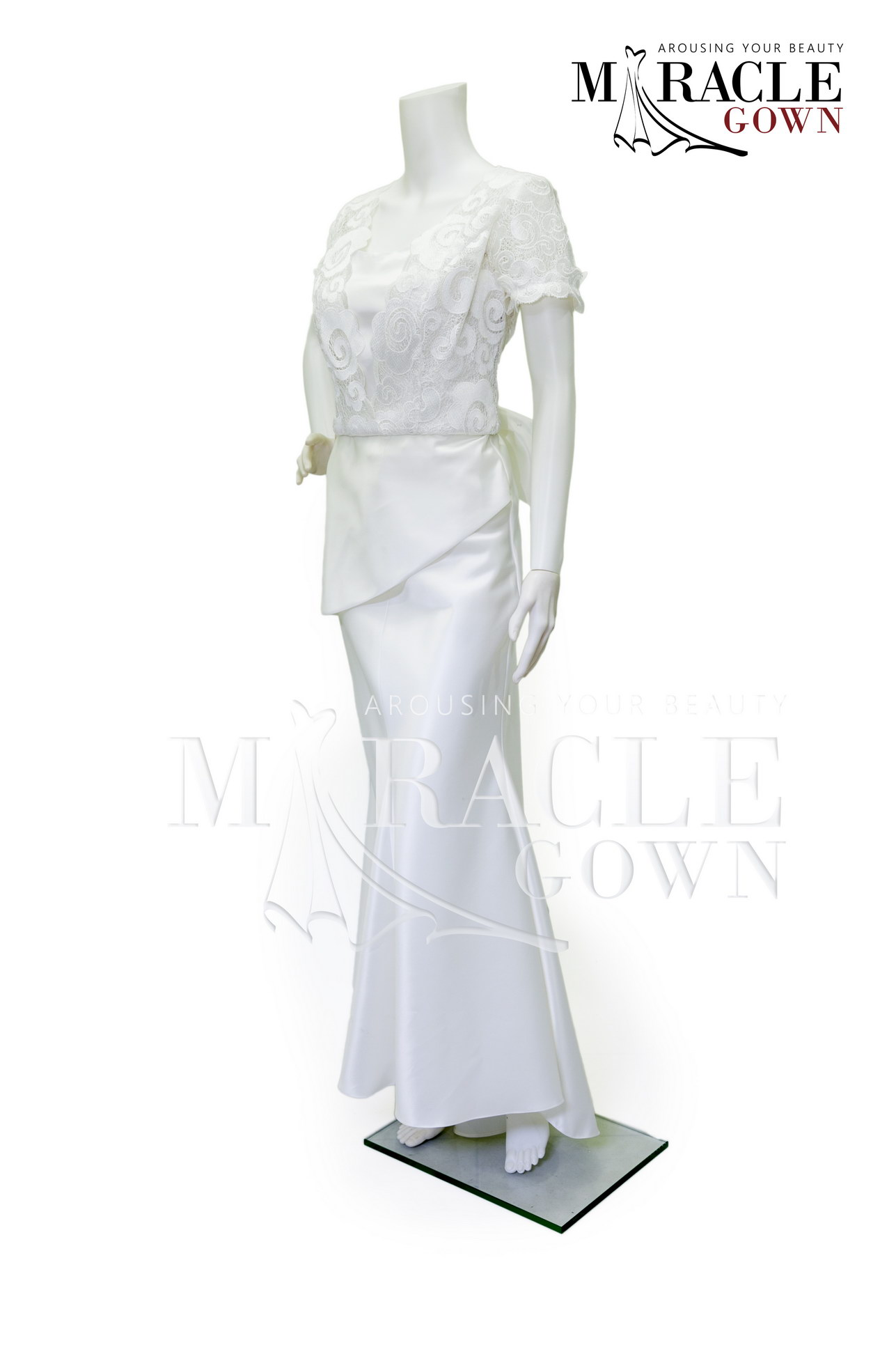 Sewa Gaun Surabaya - Miracle Gown - White asymetric on flared evening gown