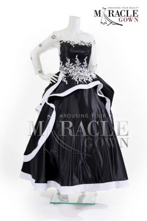 Sewa Gaun Surabaya - Miracle Gown - White snow verdure in black