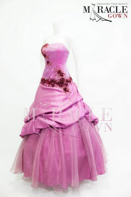 Sewa Gaun Surabaya - Sugar Kiss Ball Gown With Jasmine Trimming