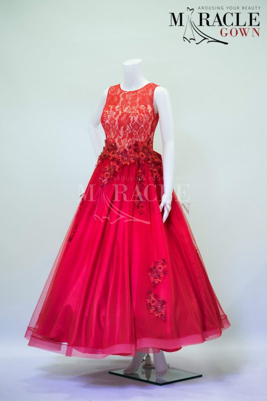 Sewa Gaun Surabaya - Miracle Gown - Cherry red A line gown in sheer brocade