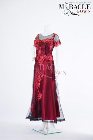 Sewa Gaun Surabaya - Miracle Gown - The red wine on finery sequence evening gown
