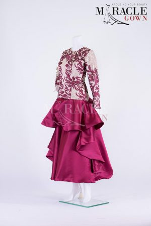 Sewa Gaun Surabaya - Miracle Gown - Ivory Carving In Burgundy Peplum Gown