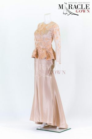 Sewa Gaun Surabaya - Miracle Gown - Beige short peplum on top of long evening gown