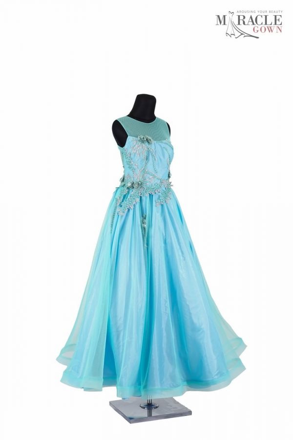 http://gauncantik.com/wp-content/uploads/2018/11/Sewa-Gaun-Surabaya-Miracle-Gown-Sleeveless-light-blue-long-prom-dress.jpg