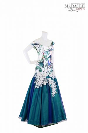 http://gauncantik.com/wp-content/uploads/2018/11/Sewa-Gaun-Surabaya-Miracle-Gown-Tropical-maxi-dress-low-cut-corset.jpg