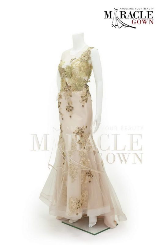 Sewa Gaun Surabaya - Miracle Gown Couture 2015 - Cream pechè flared in golden brocade