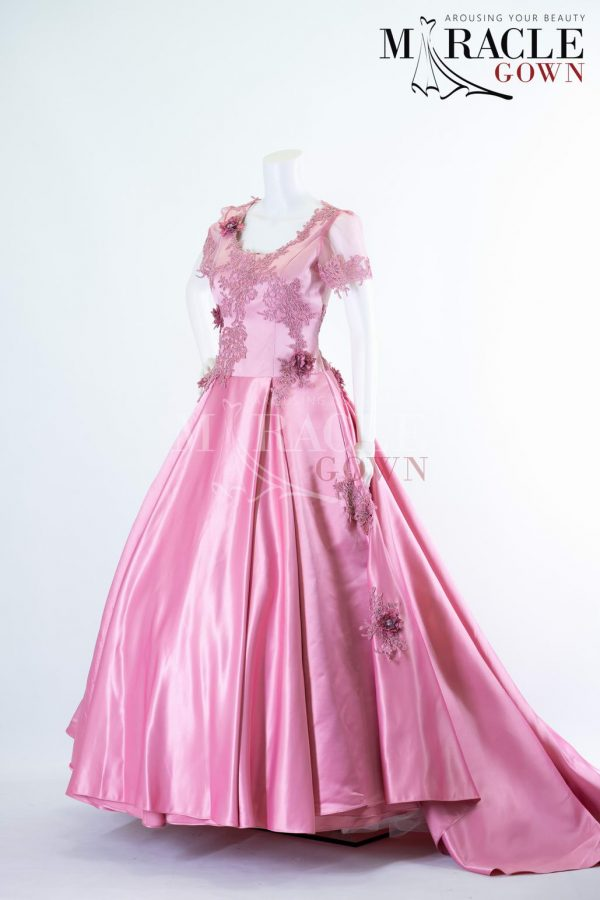 Sewa Gaun Surabaya - Miracle Gown - Floral array on two toned taffy gown
