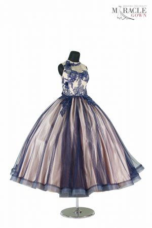 https://gauncantik.com/wp-content/uploads/2018/11/Sewa-Gaun-Surabaya-Miracle-Gown-skin-ballgown-dress-with-navy-tulle-pile.jpg